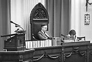 Nederland, Den Haag, 16-10-1988De plenaire vergaderzaal van de oude tweede, 2e kamer. Kamervoorzitter Dick Dolman tijdens de behandeling van de begroting.Foto: Flip Franssen