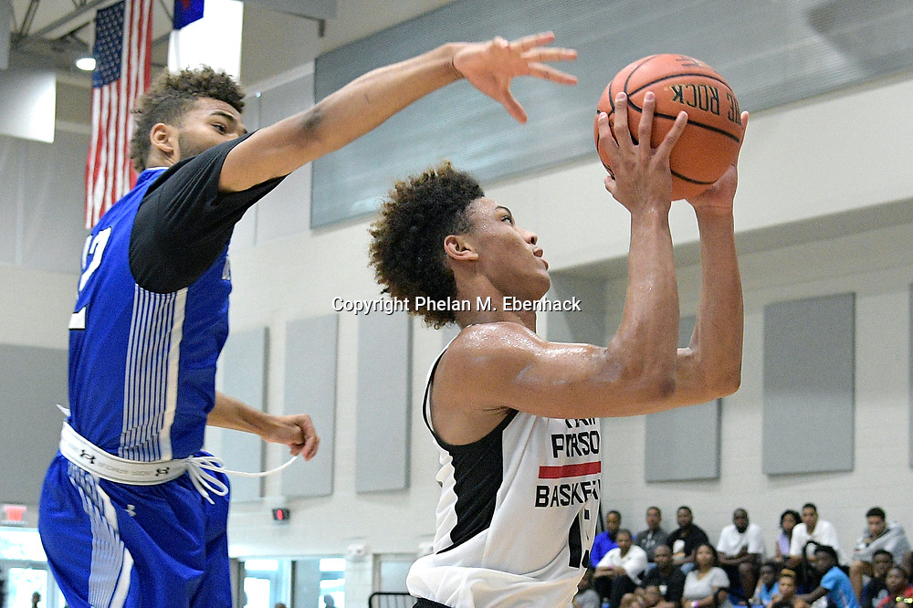 Team Parsons' Isaiah Palermo (15) goes up for a shot during the second half of a basketball game against the DC Blue Devils at the Source Hoops Festival in Orlando, Fla., Saturday, July 22, 2017. (Photo by Phelan M. Ebenhack)