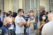 Ospedale Amedeo di Savoia - Torino, 21 Agosto 2020: coda  per i tamponi alle persone che rientrano in Piemonte da vacanze all'estero  in Spagna, Croazia, Grecia o Malta.
