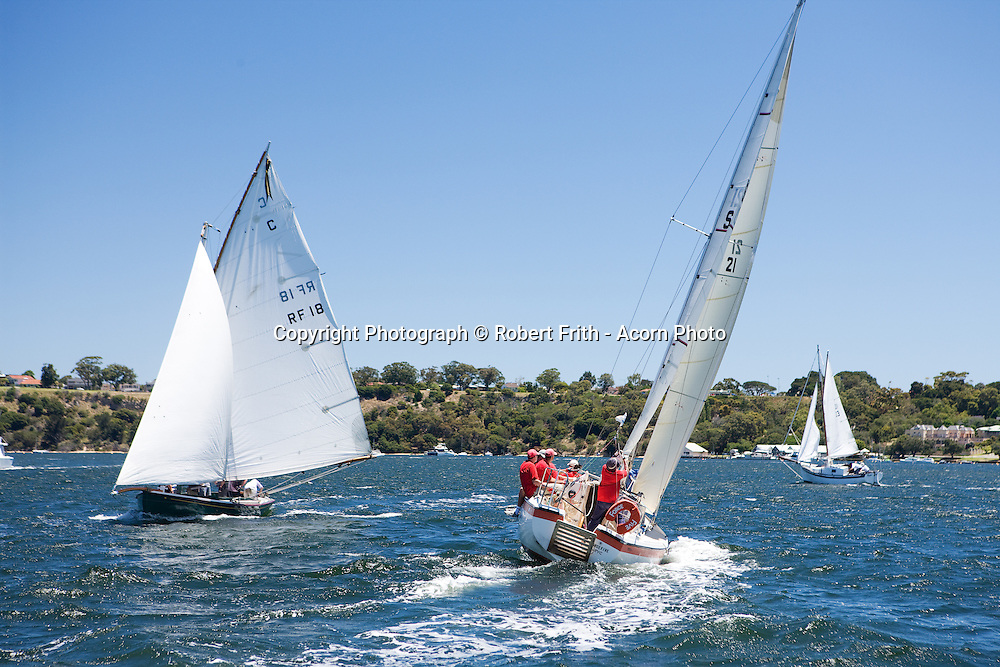 Space Sailer 27 and Couta Boat racing on the Swan River