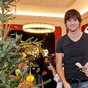 NLD/Amsterdam/20101208 - Skyradio Christmas Tree for Charity 2010, Nick & Simon, Simon Keizer
