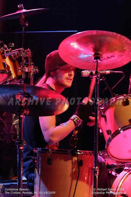 PONTIAC, MI, SATURDAY, JAN. 19, 2008: Curbstone Beauty, Evan Torpey at The Crofoot, Pontiac, MI, 01/19/2008. (Image Credit: Michael Spleet / 2SnapsUp Photography)