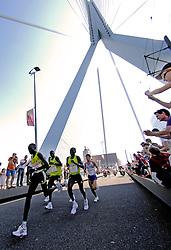 15-04-2007 ATLETIEK: FORTIS MARATHON: ROTTERDAM<br /> In Rotterdam werd zondag de 27e editie van de Marathon gehouden. De marathon werd rond de klok van 2 stilgelegd wegens de hitte en het grote aantal uitvallers / Op de Erasmusbrug Joshua Chelanga KEN de nummer 1 en Takayuki Matsumiya JAP finished als tweede in 2:10:03 <br /> ©2007-WWW.FOTOHOOGENDOORN.NL