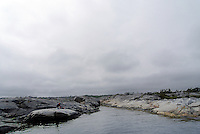Kayaker having lunch break - lunsjpause et sted mellom Portør og Risør