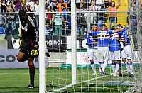 L'esultanza di Antonio Cassano (Sampdoria) e della sua squadra per il gol dell' 1-1 e la delusione di Dida (Milan)<br /> Sampdoria player Antonio Cassano celebrates his 1-1  goal with his teamates while Dida (Milan) expresses his delusion<br /> Genova 18/04/2010 Stadio Ferraris Marassi<br /> Sampdoria Milan - Campionato di Serie A Tim 2009-10.<br /> Foto Giorgio Perottino / Insidefoto