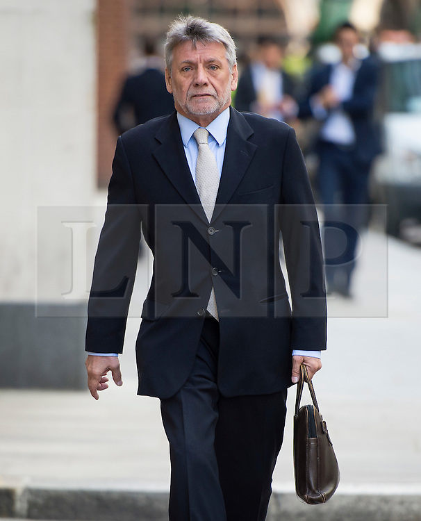 © Licensed to London News Pictures. 10/06/2015. London, UK. Former News of the World deputy editor NEIL WALLIS arriving at The Old Bailey in London on June 10, 2015, where he is charged with intercepting voicemails while working for the newspaper between January 2003 and January 2007 Photo credit: Ben Cawthra/LNP