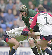 Reading, Berkshire, 10th May 2003,  [Mandatory Credit; Peter Spurrier/Intersport Images], Zurich Premiership Rugby, Bob Casey trying for the gap in the Shoguns defence,