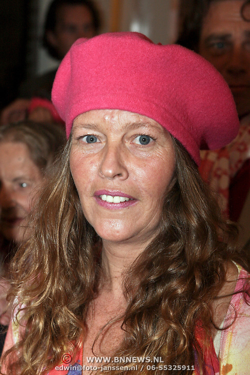 NLD/Naarden/20080401 - Het Arsenaal van jan des Bouvrie bestaat 15 jaar, Nicole des Bouvrie