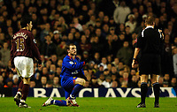 Photo: Daniel Hambury.<br />Arsenal v Manchester United. The Barclays Premiership.<br />03/01/2006.<br />United's Wayne Rooney appeals to the referee while being watched by Cesc Fabregas.