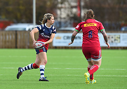 Elinor Snowsill of Bristol Bears Women passes the ball - Mandatory by-line: Paul Knight/JMP - 01/12/2018 - RUGBY - Shaftesbury Park - Bristol, England - Bristol Bears Women v Harlequins Ladies - Tyrrells Premier 15s
