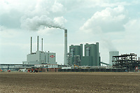 22 MAY 2001, SCHKOPAU/GERMANY:<br /> Buna Sow Leuna Olefinverbund GmbH (Dow Chemical Company)<br /> IMAGE: 20010522-01/04-07<br /> KEYWORDS: Chemie, chemical, Industrie, industry, Gelaende, Gelände, area, Werk