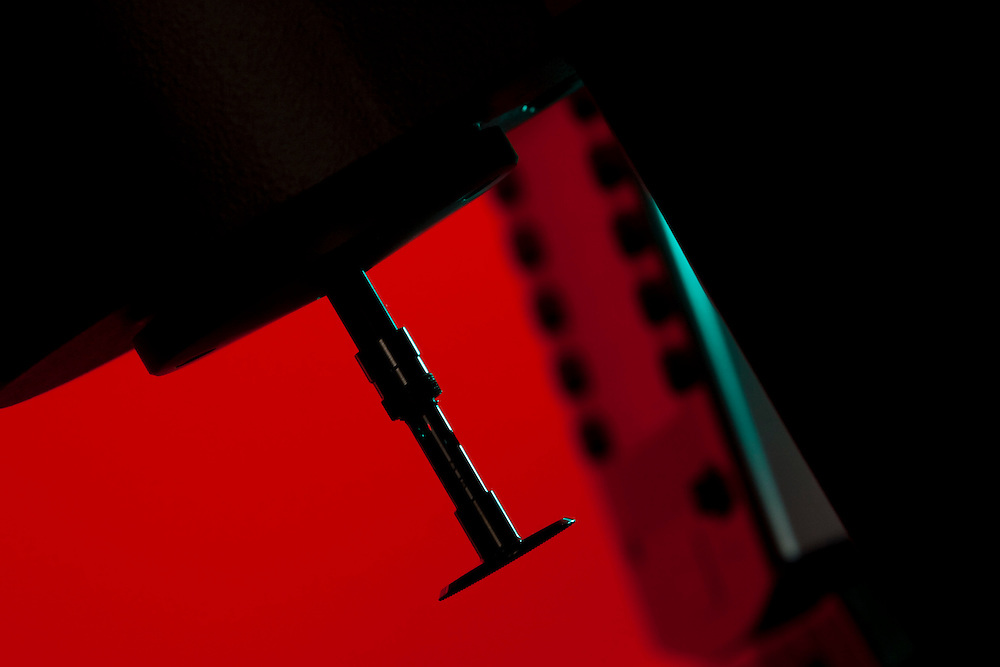 Belo Horizonte_MG, Brasil...Laboratorio de Quimica da UFMG. Na foto detalhe de um equipamento de pesquisa...Chemistry Laboratory of UFMG. In this photo detail of a research equipament...FOTO: LEO DRUMOND /  NITRO.