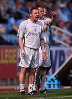 Photo: Rich Eaton.<br /> <br /> Coventry City v Preston North End. Coca Cola Championship. 14/04/2007. Preston manager Paul Simpson shouts instructions