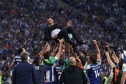 May 6, 2018 - Porto, Porto, Portugal - Porto's Portuguese head coach Sergio Conceicao celebrates the title of national champion during the Premier League 2017/18 match between FC Porto and CD Feirense, at Dragao Stadium in Porto on May 6, 2018. (Credit Image: © Dpi/NurPhoto via ZUMA Press)