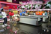 "October 03, 2021 - WORLDWIDE: ABC's ""Supermarket Sweep"" - Episode: 202"
