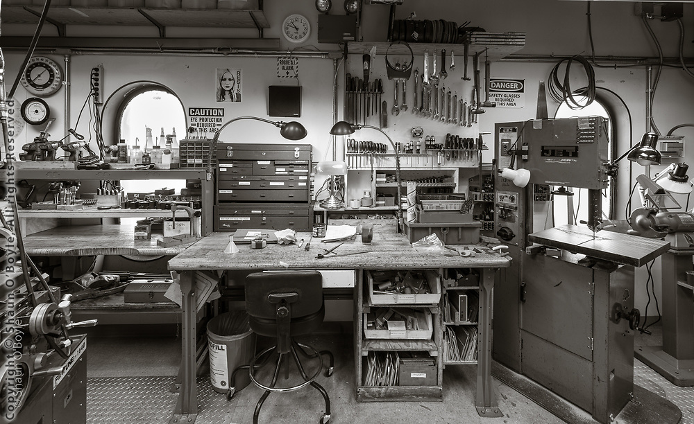 MAPO lab tool bench and machine shop