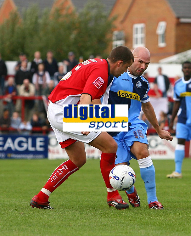 Photo: Andrew Unwin.<br />Accrington Stanley v Wycombe Wanderers. Coca Cola League 2. 30/09/2006.<br />Wycombe's Tommy Mooney (R) plays the ball forward.