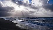 Sylt: Hörnum, 18.02.2020<br /> Strand, Sansibar, Gegenlicht, Möwen, Schatten, Wolken<br /> © Torsten Helmke