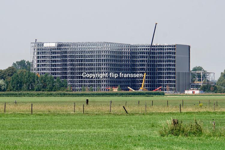 Nederland, Steenderen, 25-7-2019Bouw van het vrieshuis van frietfabrikant Aviko, aan de rand van Steenderen.Foto: Flip Franssen