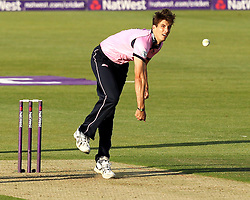 Middlesex's Steven Finn bowls - Photo mandatory by-line: Robbie Stephenson/JMP - Mobile: 07966 386802 - 04/06/2015 - SPORT - Cricket - Southampton - The Ageas Bowl - Hampshire v Middlesex - Natwest T20 Blast