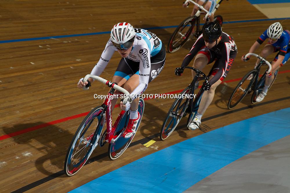 Nederlands Kampioenschap Scratch vrouwen Apeldoorn Vera Koedooder werd 5e op de scratch