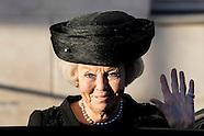 Prinses Beatrix der Nederlanden is vrijdagmiddag 25 november in Het Scheepvaartmuseum in Amsterdam a