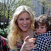 NLD/Amsterdam/20100414 - Uitreiking Mama van het Jaar 2010
