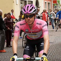 24-05-2016: Wielrennen: Giro d Italia: Andalo<br /> Alejandro Valverde (Movistar) wint de 16e van de Giro d'Italie voor Steven Kruijswijk (Team Lotto NL - Jumbo). Steven Kruijswijk blijft leider in het algemeen Klassement.
