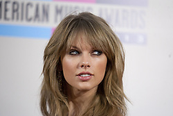 August 10, 2017 - Los Angeles, California, United States of America - Taylor Swift testified on Thursday August 10, 2017 in a Denver Court in Denver Colorado accusing DJ David Muller of groping her. FILE PHOTO:  Taylor Swift at the 2013 American Music Awards held at the Nokia Theatre L.A. LIVE on Sunday, November 24, 2013 in Los Angeles, California. JORGE CRUZ/PI (Credit Image: © Prensa Internacional via ZUMA Wire)