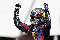 MOTORSPORT - F1 2013 - GRAND PRIX OF CANADA - MONTREAL (CAN) - 07 TO 09/06/2013 - PHOTO FRANCOIS FLAMAND / DPPI - VETTEL SEBASTIAN (GER) - RED BULL RENAULT RB9 - AMBIANCE PORTRAIT