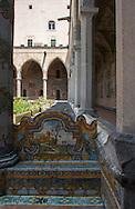 Napoli, Chiostro di Santa Chiara, maioliche.Naples, Cloister of Santa Chiara, majolica.