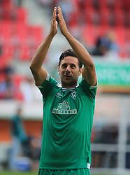 22.09.2018,1. BL, FC Augsburg vs Werder Bremen, WWK Arena Augsburg, Sport, im Bild:...Claudio Pizarro (Bremen) nach dem Spiel...DFL REGULATIONS PROHIBIT ANY USE OF PHOTOGRAPHS AS IMAGE SEQUENCES AND / OR QUASI VIDEO...Copyright: Philippe Ruiz..Tel: 089 745 82 22.Handy: 0177 29 39 408.e-Mail: philippe_ruiz@gmx.de. (Credit Image: © Philippe Ruiz/Xinhua via ZUMA Wire)