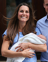 TheDuchess of Cambridge with her new baby boy outside the Lindo Wing of St Mary's Hospital, London, Tuesday, 23rd July 2013<br /> Picture by Stephen Lock / i-Images