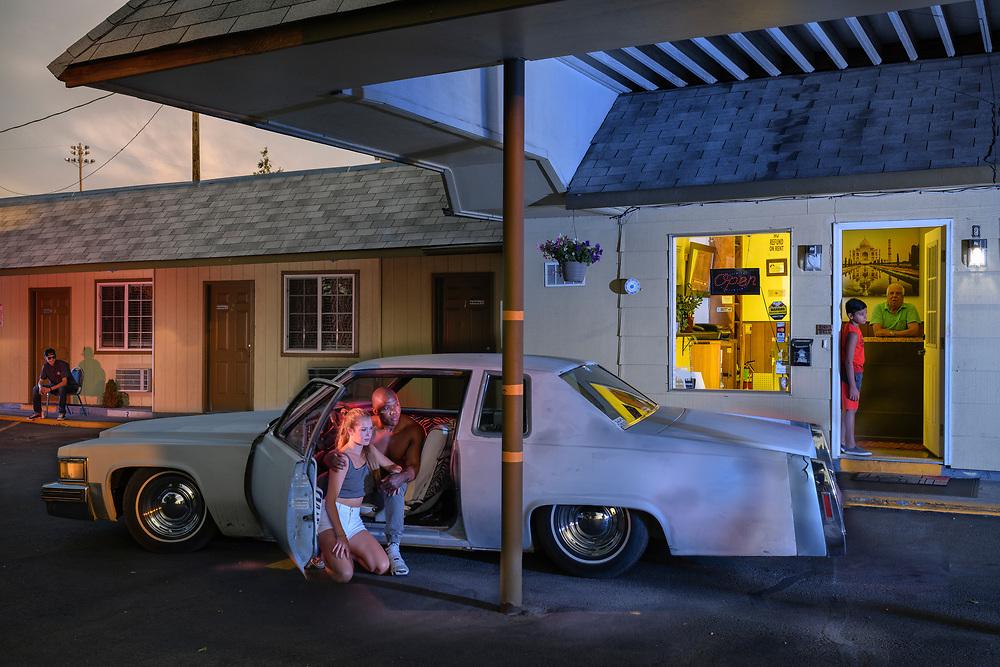 USA, American, Bend, Oregon, American Dreamscapes Chalet Motel