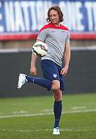 Fotball<br /> USA<br /> 09.10.2014<br /> Foto: imago/Digitalsport<br /> NORWAY ONLY<br /> <br /> Mikkel Mix Diskerud the USA MNT at a practice session before an international friendly match against Ecuador at Rentschler Field, in East Hartford, CT