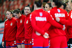 Team Serbia with Katarina Krpez - Slezak of Serbia during the Women's EHF Euro 2020 match between Serbia and Hungary at Sydbank Arena on december 06, 2020 in Kolding, Denmark (Photo by RHF Agency/Ronald Hoogendoorn)
