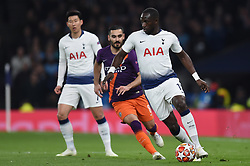 09.04.2019, White Hart Lane, London, ENG, UEFA CL, Tottenham Hotspur vs Manchester City, Viertelfinale, Hinspiel, im Bild Moussa Sissoko of Tottenham Hotspur is watched closely by Ilkay Gündogan of Manchester City // Moussa Sissoko of Tottenham Hotspur is watched closely by Ilkay Gündogan of Manchester City during the UEFA Champions League quarterfinals, 1st leg match between Tottenham Hotspur and Manchester City at the White Hart Lane in London, England on 2019/04/09. EXPA Pictures © 2019, PhotoCredit: EXPA/ Focus Images/ Martyn Haworth<br /> <br /> *****ATTENTION - for AUT, GER, FRA, ITA, SUI, POL, CRO, SLO only*****