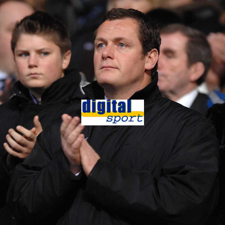 Photo: Ashley Pickering/Sportsbeat Images.<br /> Ipswich Town v West Bromwich Albion. Coca Cola Championship. 01/01/2008.<br /> Ipswich manager Jim Magilton observes a minutes applause at the start of the match in memory of Phil O'Donnell of Celtic
