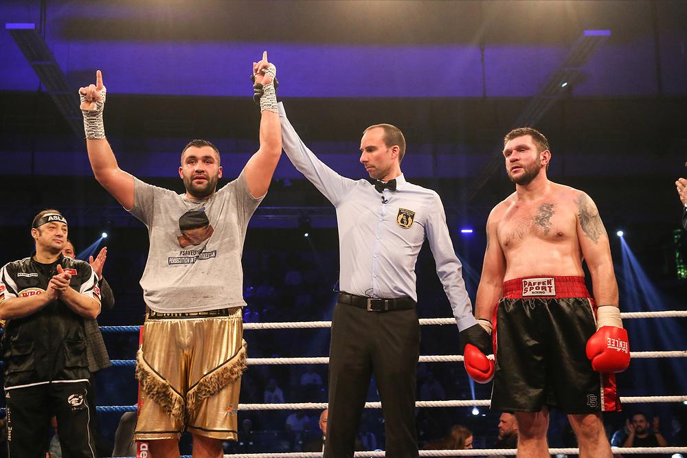 BOXEN: EC Boxing & SES Boxing, Hamburg, 18.01.2020<br /> Schwergewicht: Ali Eren Demirezen (TUR) - Andrei Mazanik (BLR)<br /> © Torsten Helmke