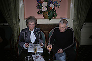 Maggi Hambling and Paul Bailey, Maggi Hambling The Works, and Conversations with ?Andrew Lambirth. the Polish Club. 18 January 2006.  ONE TIME USE ONLY - DO NOT ARCHIVE  © Copyright Photograph by Dafydd Jones 66 Stockwell Park Rd. London SW9 0DA Tel 020 7733 0108 www.dafjones.com