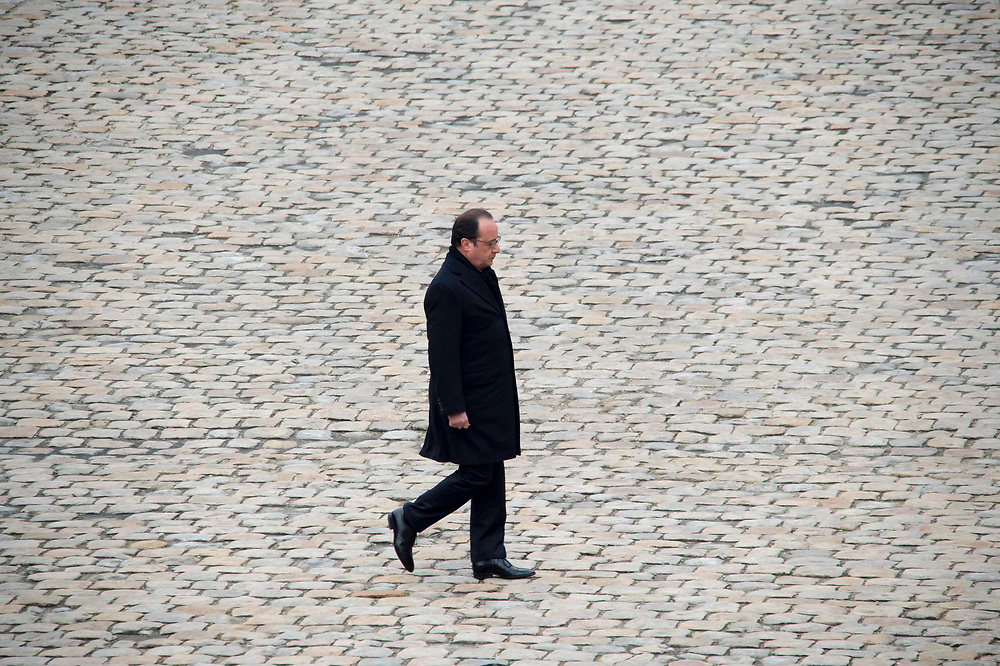 French President François Hollande at the Hôtel des Invalides in Paris during the national ceremony commemorating the victims of the attacks of Friday 13 November. Paris, France. November 27, 2015. <br /> Le président français François Hollande à l'Hôtel des Invalides à Paris lors de la cérémonie nationale de commémoration des victimes des attentats du vendredi 13 novembre. Paris, France. 27 novembre 2015.