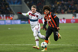 17.02.2015, Arena Lwiw, Lwiw, UKR, UEFA CL, Schachtar Donezk vs FC Bayern Muenchen, Achtelfinale, Hinspiel, im Bild BASTIAN SCHWEINSTEIGER TAISON // during the UEFA Champions League Round of 16, 1st Leg match between between Schachtar Donezk and FC Bayern Munich at the Arena Lwiw in Lwiw, Ukraine on 2015/02/17. EXPA Pictures © 2015, PhotoCredit: EXPA/ Pixsell/ PIOTR KUCZA<br /> <br /> *****ATTENTION - for AUT, SLO, SUI, SWE, ITA, FRA only*****