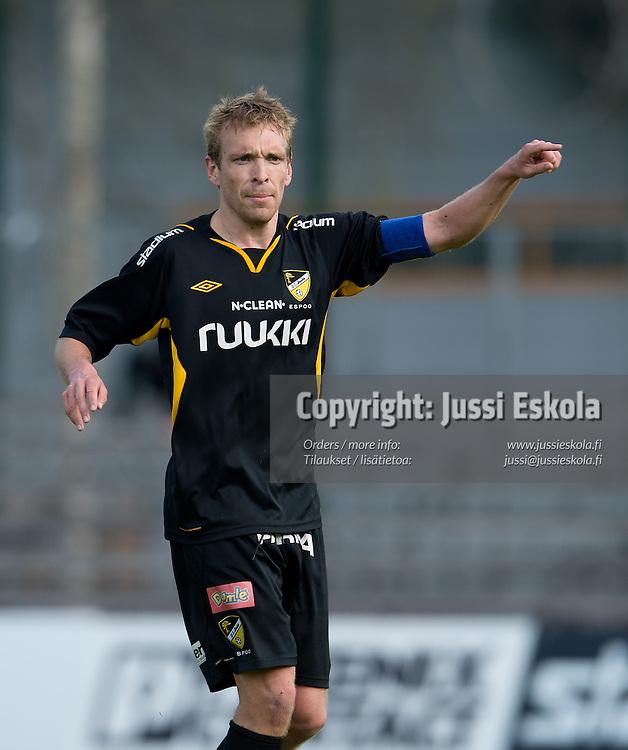 Jussi Vasara. Honka - RoPS. Veikkausliiga, Espoo, 9.5.2013. Photo: Jussi Eskola