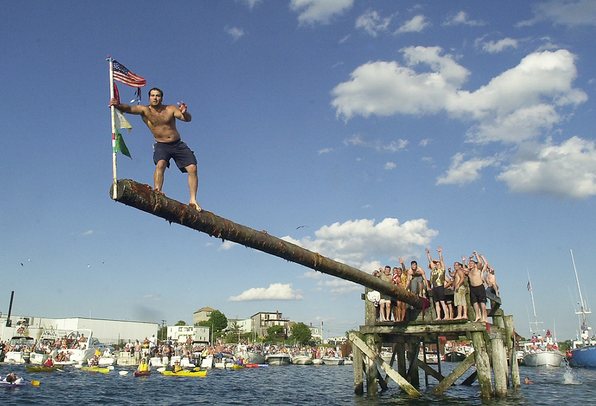 Gloucester: . ***INSERT CAPTION TEXT HERE*** .Photo by Mike Dean/Gloucester Daily Times. Sunday, June 27, 2004