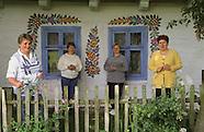 PL111 women artists in Zalipie Poland