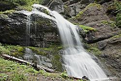 Hyalite Canyon, Silken-Skein-Falls-