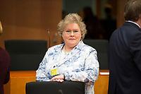 DEU, Deutschland, Germany, Berlin, 23.02.2015: Deutscher Bundestag, Gemeinsame Anhörung des Rechts- und des Familienausschusses zum Gesetzentwurf zur Frauenquote. Geladen als Sachverständige: Kristin Rose-Möhring, Gleichstellungsbeauftragte des Familienministeriums.