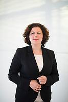 DEU, Deutschland, Germany, Berlin, 10.12.2019: Portrait von Amira Mohamed Ali, Fraktionsvorsitzende der Linken im Deutschen Bundestag.