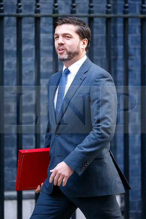 © Licensed to London News Pictures. 13/10/2015. London, UK. Welsh Secretary STEPHEN CRABB attending to a cabinet meeting in Downing Street on Tuesday, 13 October 2015. Photo credit: Tolga Akmen/LNP