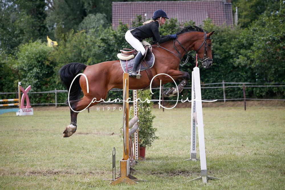 Maris Jolien (BEL) - Kora<br /> SBB Competitie Jonge Paarden - Nationaal Kampioenschap - Kieldrecht 2014<br /> © Dirk Caremans